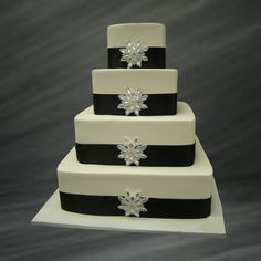 i like this cake minus the black ribbon...i think i would like it to be a deep red.
