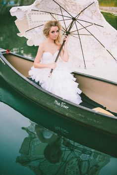 parasol on the lake // photo by Glass Jar Photography // http://ruffledblog.com/southwestern-meets-wes-anderson-inspiration