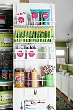 Clearly labeled and visually appealing, this pantry is a dream! Great for families with little ones.