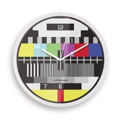 El reloj 'Carta de Ajuste' de #LibreríaMPM te recordará los tiempos en los que sólo había dos canales de televisión #PicassoTV