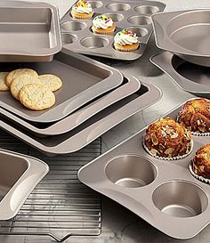 The Main Ingredients 10-Piece Bakeware Set with Bonus Cups | Dillards.com