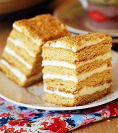 Honey cake – Medovik Torte