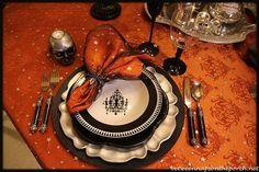 halloween dinner, napkin rings, halloween tablescapes, homegood halloween, dinner parties, napkin holders, eeri halloween, elegant halloween parties