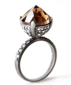 The new MADE HER THINK Collection : Quartz and Diamond Bell Ring