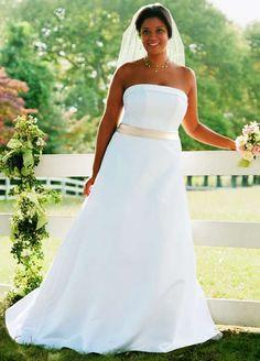 Vestidos de novia con falda amplia moda 2013   http://vestidoparafiesta.com/vestidos-de-novia-con-falda-amplia-moda-2013/