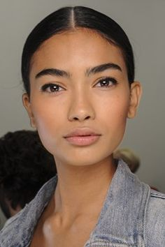 Big brows and a healthy glow at Ralph Lauren