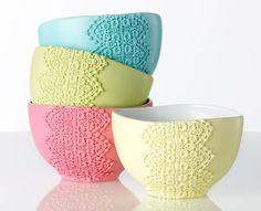 Lace Bowls. Cute decor!
