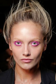 TREND ALERT: Bright eyes with neon makeup! thoughts? #beauty #trends #pinterest