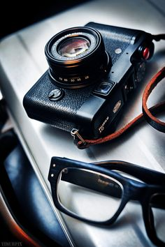 Fujifilm X10 Finepix. Stylish, Retro Design and Classic Compact Camera