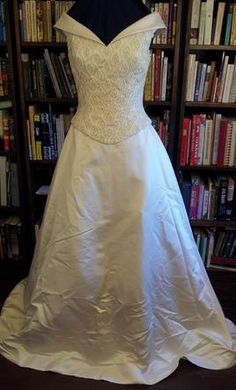 New With Tags Anjolique Wedding Dress 521, Size 10  | Get a designer gown for (much!) less on PreOwnedWeddingDresses.com