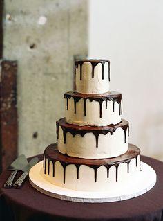 cake - chocolate dripping