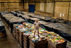 The Brazilian Bus Magnate Who's Buying Up All the World's Vinyl Records | The New York Times