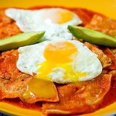 http://mousehousekitchen.files.wordpress.com/2011/11/chilaquiles-1-1_14c7c7a8d1a945bdfe734cde171e534a-thumb-245x245-7974.jpg de salsa, chips, mexican breakfast, eggs, tortilla chip, chilaquil, classic mexican, mexican food, breakfast treat