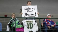 Brenden Morrow is honored by the Dallas Stars