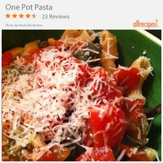 Shoutout to people who can't stand washing dishes! This recipe—One Pot Pasta—is for you.
