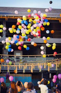 suelta de globos en OH! La Barra, Punta del Este, Maldonado, Uruguay punta del este