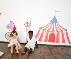 Party under the tent! The circus is in town!! Big Top Circus Tent | Pop and Lolli #popandlolli #pinparty