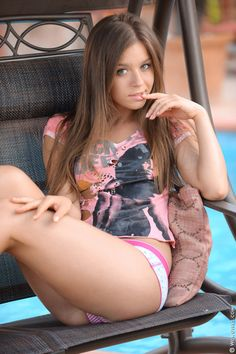 Check out this AMAZING Brunette of the day Lily C Raisa! #NSFW