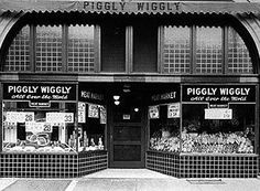 The first Piggly Wiggly,was located in Downtown Memphis,West Tenn.