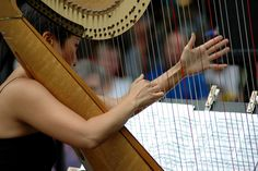 2010: From jazz pianists to singer-songwriters and accordionists, music is in the air in Bryant Park with over 170 performances this summer.