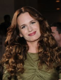 Elizabeth Reasers long curly hairstyle