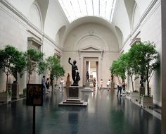 National Gallery of Art | With its impressive architecture, sculpture garden, contemporary wing, and vast collection, the National Gallery of Art is a capital-city gem that really shouldn't be missed. | #BHLDNgtown