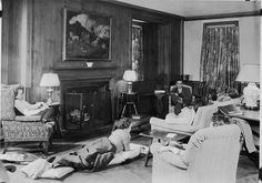 living room from the 1930s