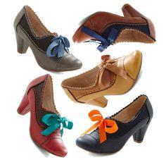 at mod cloth // heeled oxfords