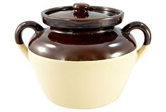 McCoy Bean Pot on OneKingsLane.com I have a set of these dishes.