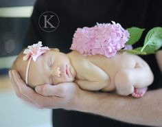 10 Tips for Photographing Newborns by @Katherine  Marie