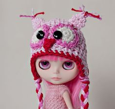 blythe in an owl hat