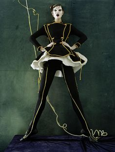 walker british, tim walker, vogu octob, octob 2010, british vogu