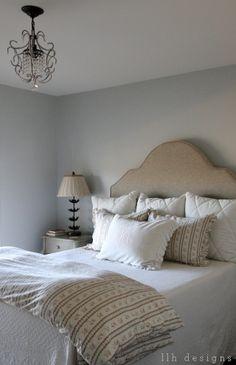 benjamin moore moonshine walls, swiss coffee ceiling, llh designs