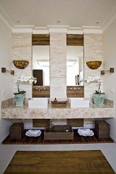 Umidade na parede do banheiro