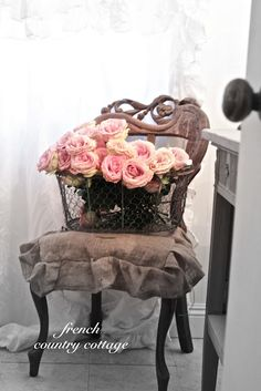 chair, pink roses, country cottages, countri cottag, french country