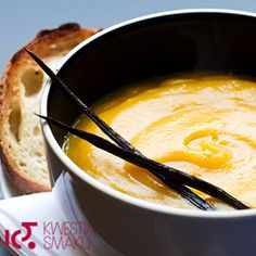 Zupa z dyni. Kremowa zupa dyniowa z wanilią