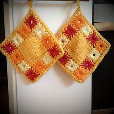 Flowers dishcloth - free crochet pattern by Mirella Lilli