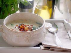 Toskańska zupa z mięsem i szpinakiem - Zupy - WrzącaKuchnia.pl
