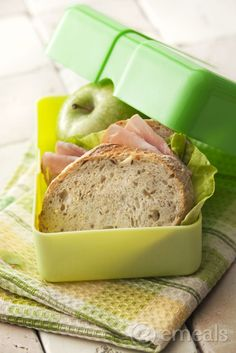 Project Lunchbox: 3 Tips to Make Packing Lunch Easier