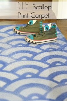 paint scallop, diy scallop, scallop print, shoe, print carpet, scallop rug, print rug