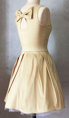 Jubilee Taffeta Dress would like to better in a different color