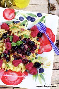 Apron and Sneakers - Cooking & Traveling in Italy: Kaiserschmarrn with Frutti di Bosco & Wild Blueberry Sauce and the Dolomite Lakes, Italy