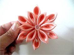 ▶ Moños en cintas para el cabello flor doce pétalos - YouTube