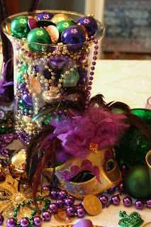 Mardi Gras Tablescape; Beads, Masks, Feathers!
