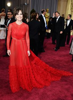 ScarletStiletto: Sally Field in Valentino - 2013 Oscars