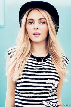 Anna Sophia Robb in Teen Vogue ...starring in The Carrie Diaries