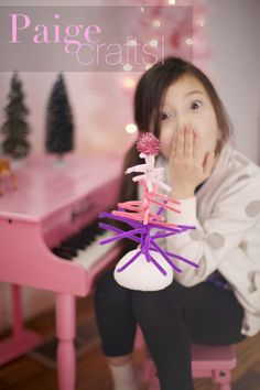 ~Ruffles And Stuff~: Paige Crafts Five: Pipe Cleaner Trees!