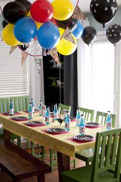 Superhero Themed Birthday Party with So Many Cute Ideas via Kara's Party Ideas | KarasPartyIdeas.com #SupermanParty #BatmanParty #PartyIdeas #Supplies (20)
