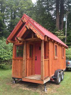 A walk through a custom Weller | Four Lights Tiny House Company. Really beautiful and functional!