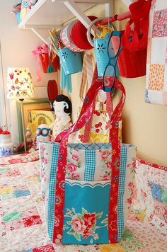 Poochie Bags by Happy Zombie, via Flickr